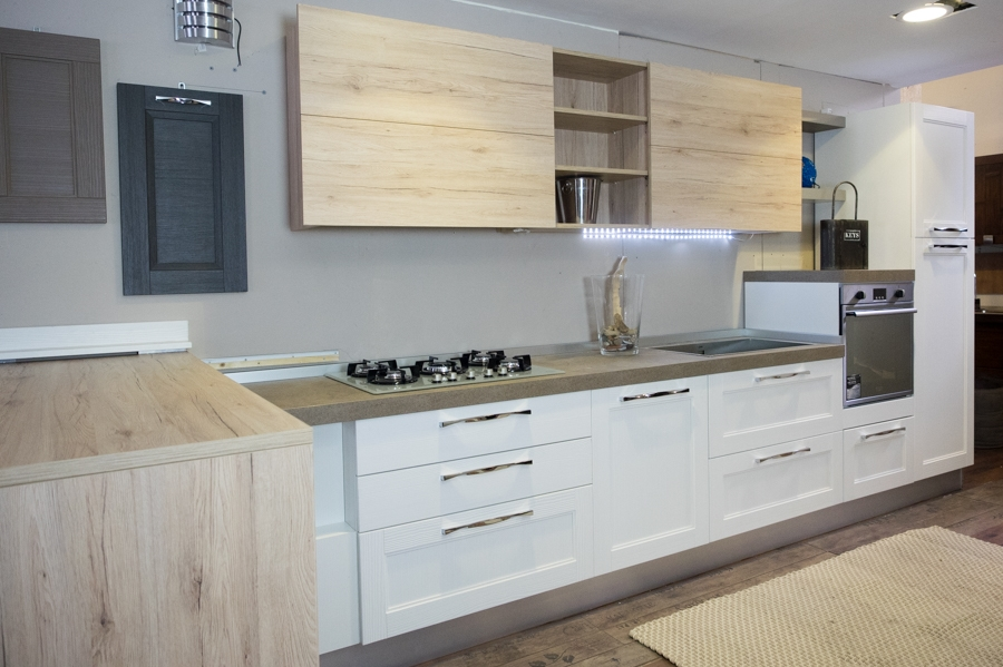 cucina moderna shabby vintage con penisola mobile in offerta - Cucine ...