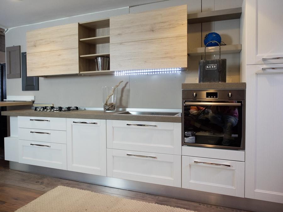 Cucina moderna shabby vintage con penisola mobile in offerta cucine a prezzi scontati - Cucina moderna penisola ...
