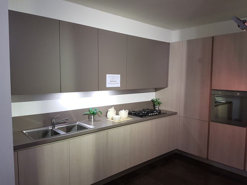 Cucina Moderna Tortora.Cucina Moderna Tortora Mia Cucine Ad Angolo Eden In Offerta Outlet