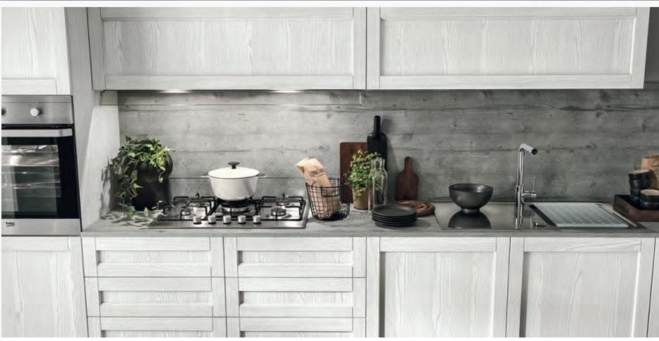 Cucina moderna vintage in legno essenza rovere chiaro in - Cucine in legno chiaro ...