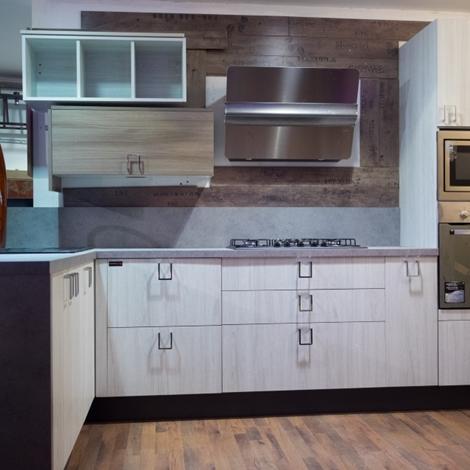 Cucina moderna vintage in offerta outlet completa con for Cucina completa offerta