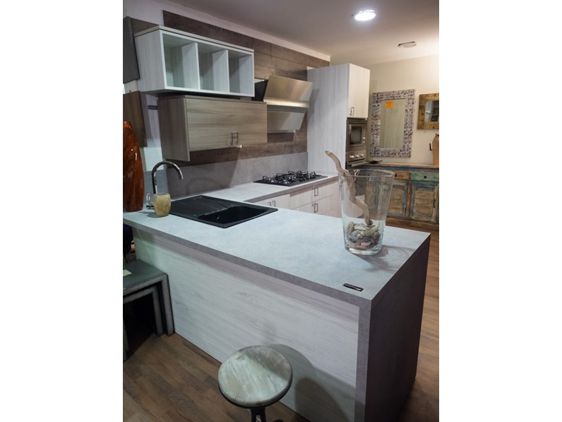 Cucina moderna vintage in offerta outlet completa con penisola vero affare - Cucina a gas in offerta ...