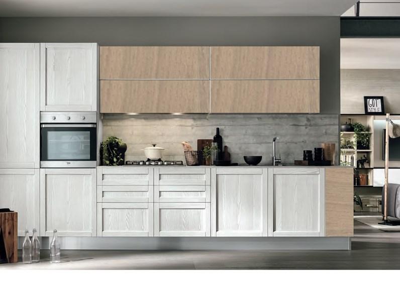 Cucine Moderne In Rovere Chiaro.Cucina Moderna Vintage Lineare Ante Legno Essenza Rovere Chiaro E White In Offerta