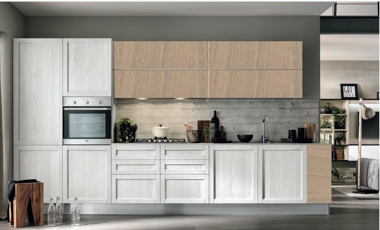 Cucina moderna vintage white lineare con colonna forno e for Outlet cucine moderne