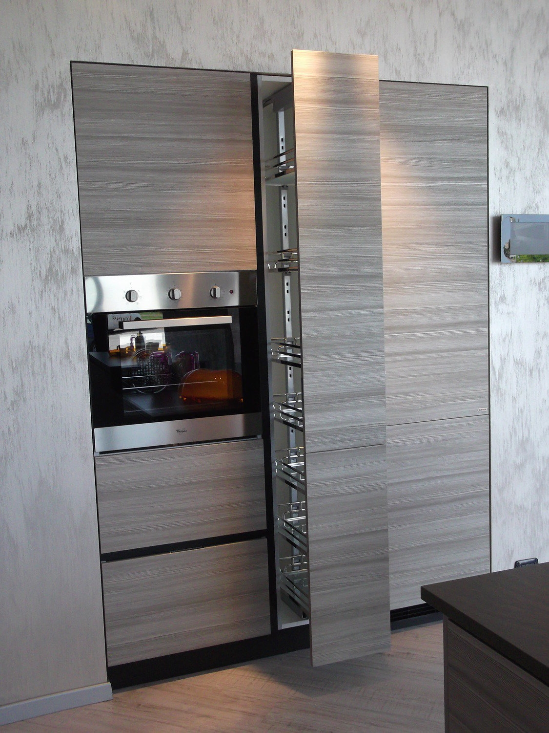 Awesome Cucine Moderne Con Dispensa Contemporary - Ideas & Design ...