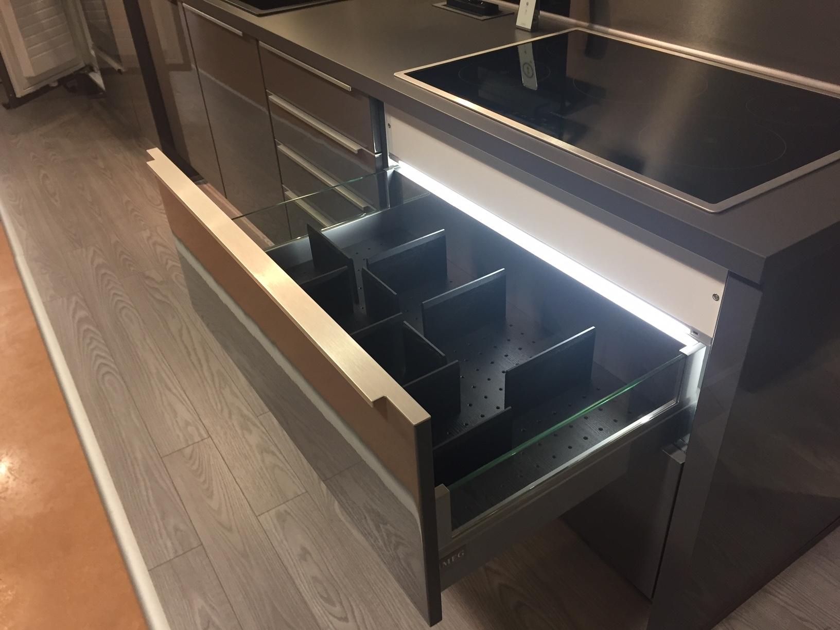 Cucina lineare a prezzi scontati cucine a prezzi scontati - Alno cucine prezzi ...