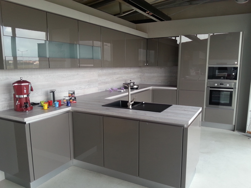 Cucina zanotto zanotto moderna laccato lucido neutra - Piastrelle per cucina bianca lucida ...