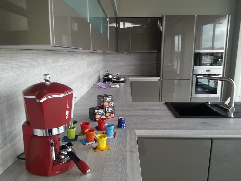 Cucina zanotto zanotto moderna laccato lucido neutra   cucine a ...