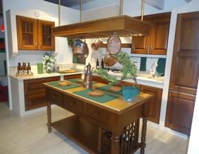 Cucina noce classica ad angolo Mozart Berloni cucine in Offerta Outlet
