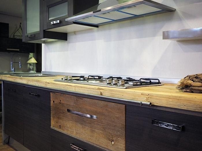 Cucina nuovi mondi cucine cucina etno vintage industrial scontato del 33 cucine a prezzi - Cucine industrial chic ...