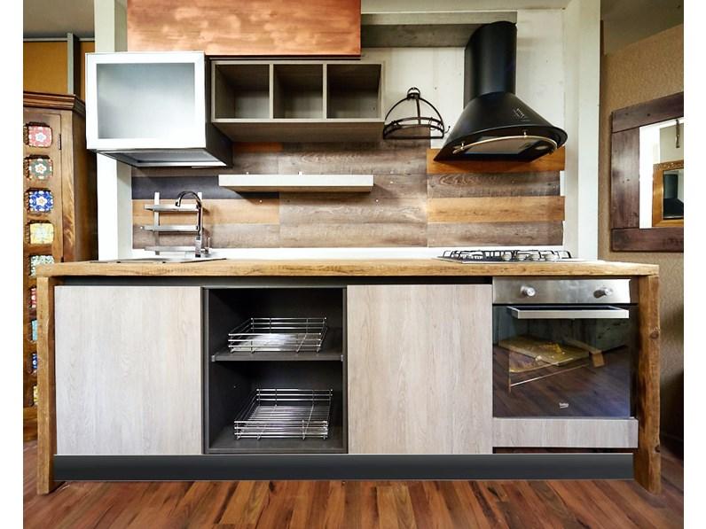 Cucina Nuovi Mondi Cucine Cucina industriale con top rovere e ...
