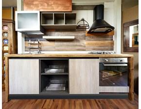 Cucina  industriale con top rovere e fianchi rovere