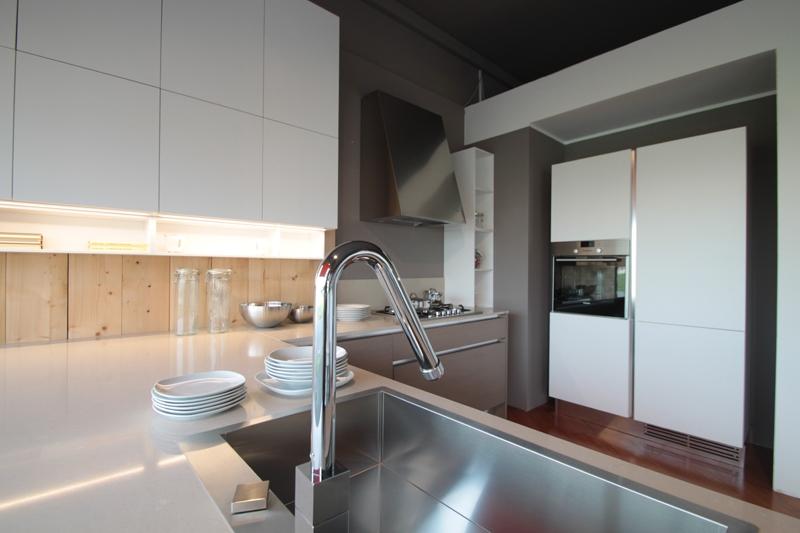 Cucina ernestomeda one scontato del 42 cucine a - Spessore top cucina ...