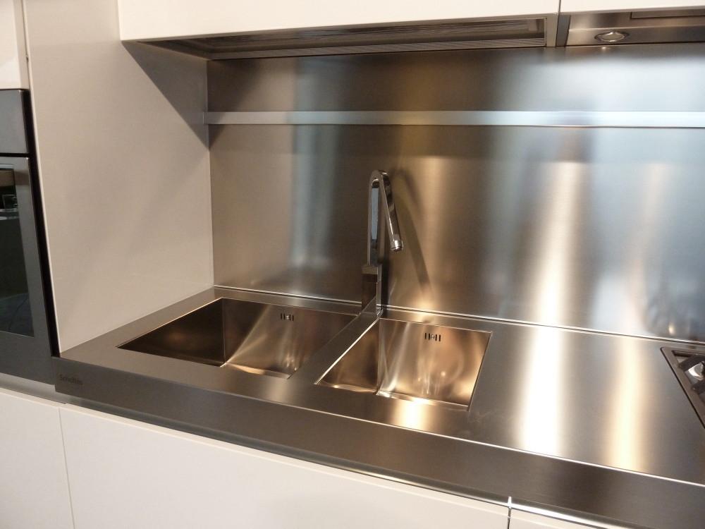 Cucina one ernestomeda scontata cucine a prezzi scontati - Piano cucina acciaio ...