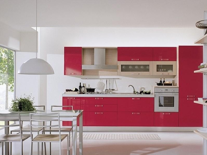 Cucina rossa moderna lineare Cucina mod.marilù in polimerico lucido rossa  scontata del 30% S75