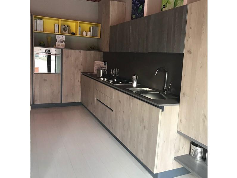 Cucina rovere chiaro moderna ad angolo Maya rovere sabbia- jeans Stosa  cucine in Offerta Outlet