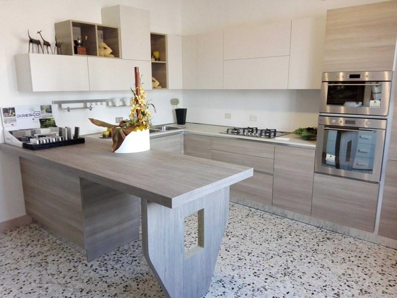 Cucine Moderne In Rovere.Cucina Rovere Chiaro Moderna Con Penisola Mango Arrex