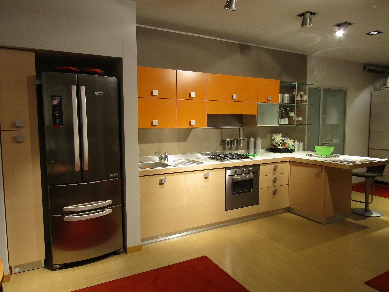 Cucine lissone offerte disegno idea camere da letto offerte milano mobili bagno prezzi offerte for Quanto costa una cucina scavolini