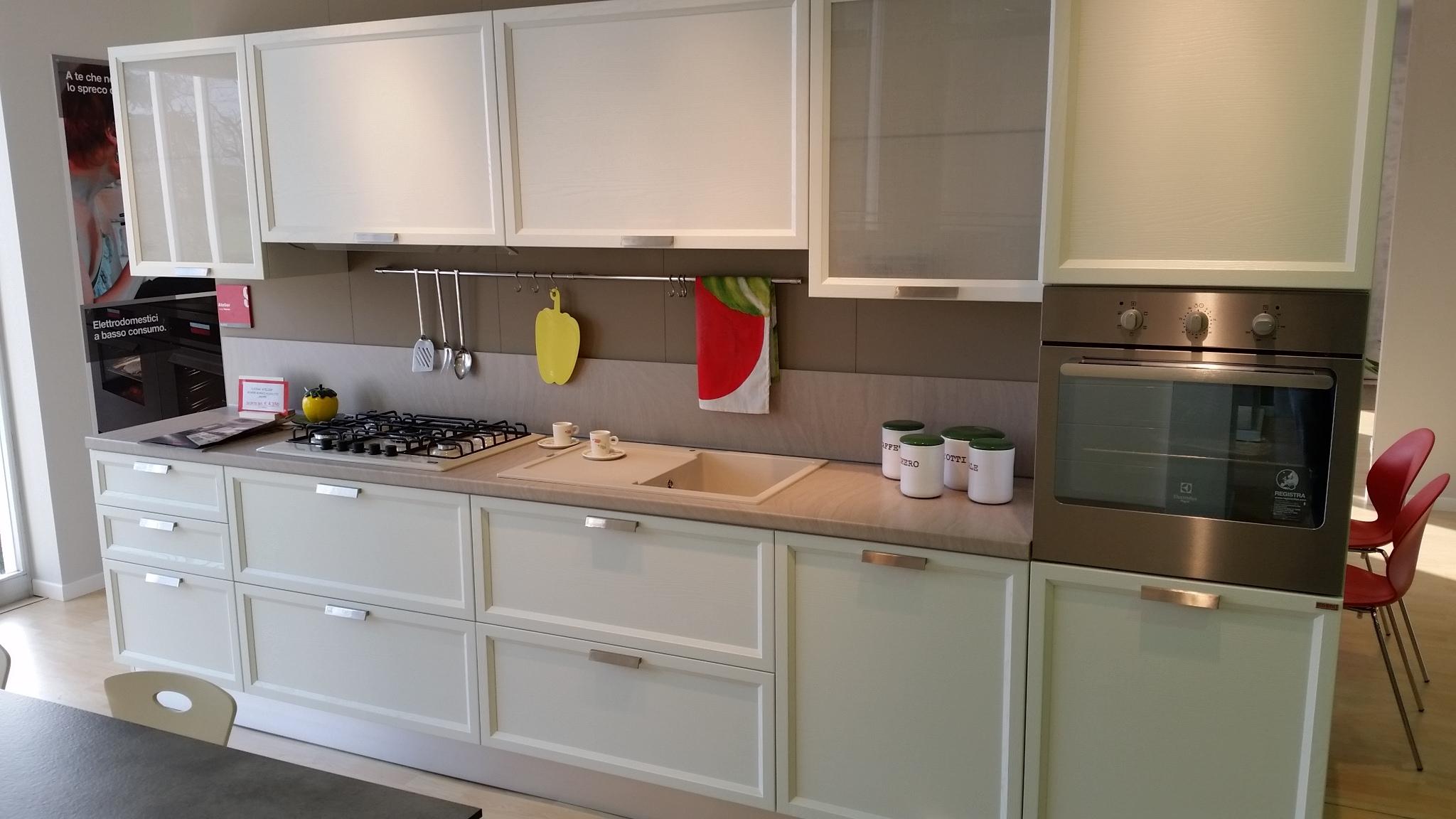 Cucina scavolini atelier rovere bianco assoluto cucine a - Cucina rovere bianco ...