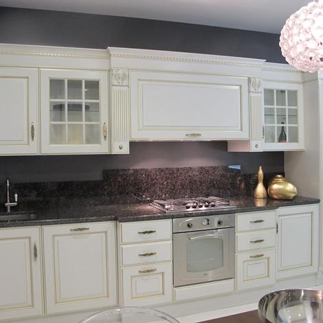 Cucina scavolini baltimora classiche laccate opaco bianca - Cucina baltimora scavolini ...