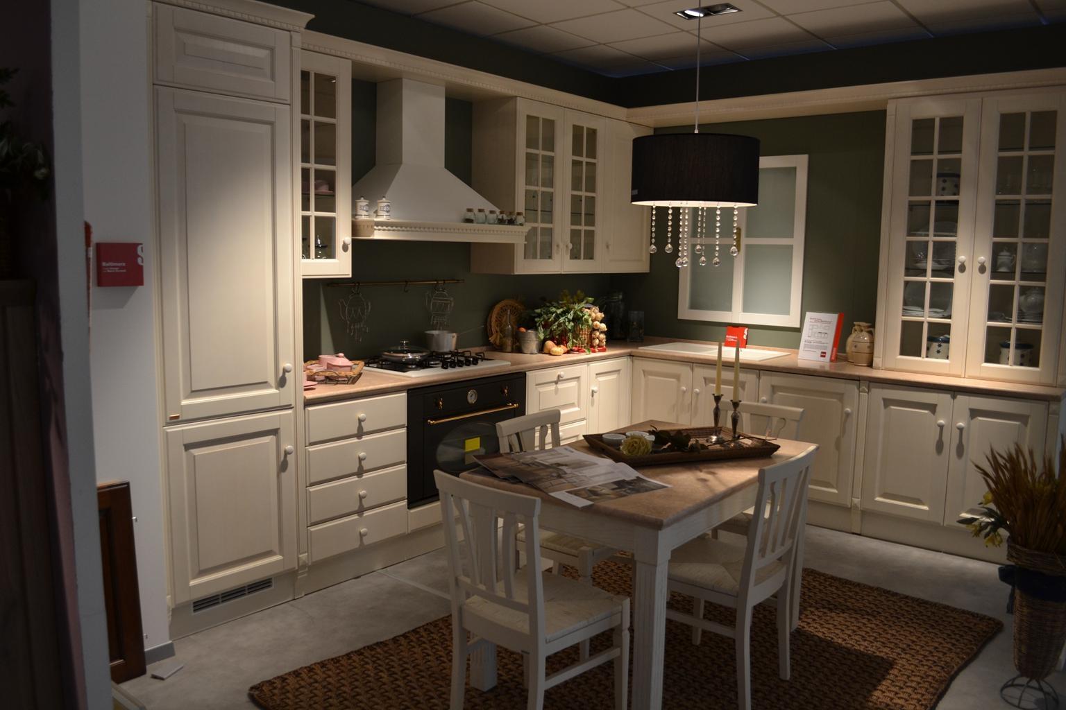 Cucina Scavolini Baltimora frassino bianco scontato del -64 % - Cucine a prezzi scontati
