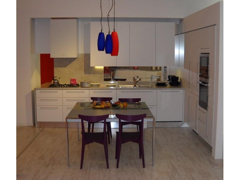 Cucina scavolini city scontato del 50 - Allacciamenti cucina costo ...