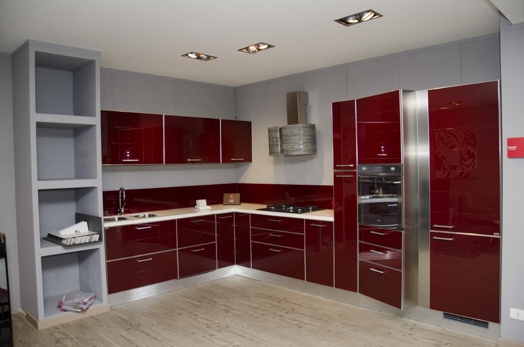 Cucine lube rosse cucine lube rosse scavolini arredo bagni e living with cucine rosse - Piastrelle cucina rosse ...