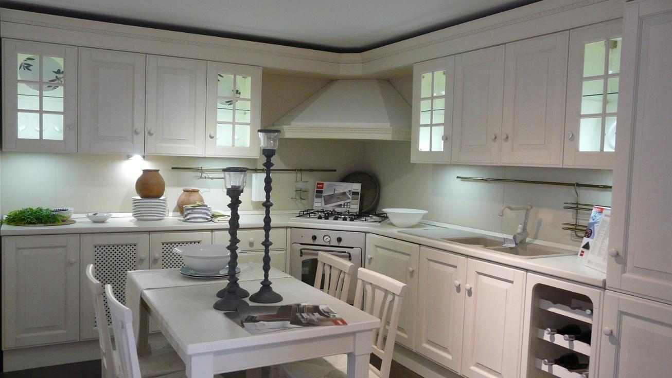 Cucina scavolini cucina scavolini modello baltimora - Cucina scavolini classica ...