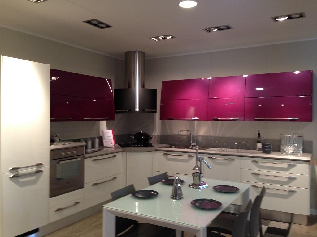 Cucina scavolini flux design laccato lucido bianca cucine a prezzi scontati - Scavolini cucina bianca ...