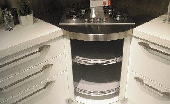 Cucina scavolini flux giugiaro 3677 cucine a prezzi scontati - Cucina con piano cottura angolare ...
