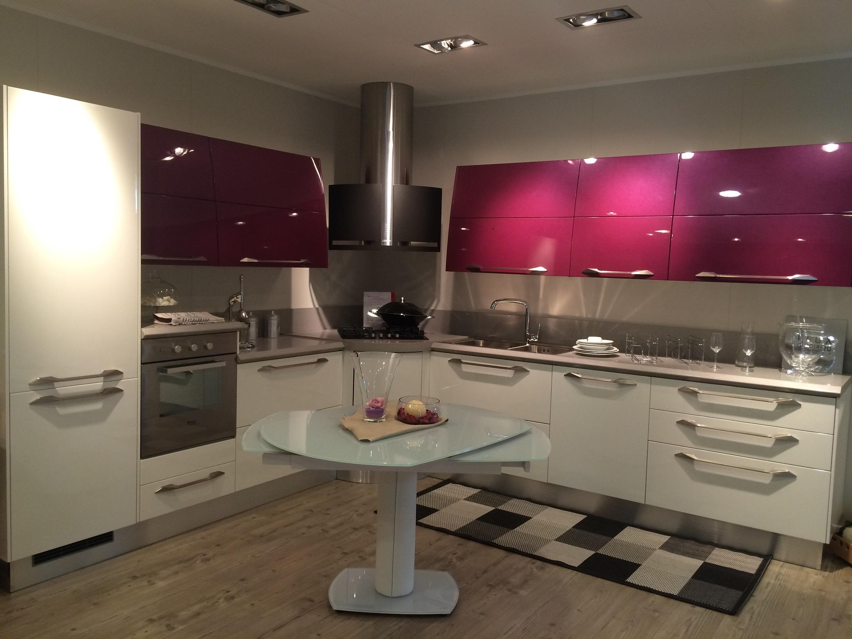Cucine lube o scavolini idee per il design della casa - Prezzo cucine scavolini ...