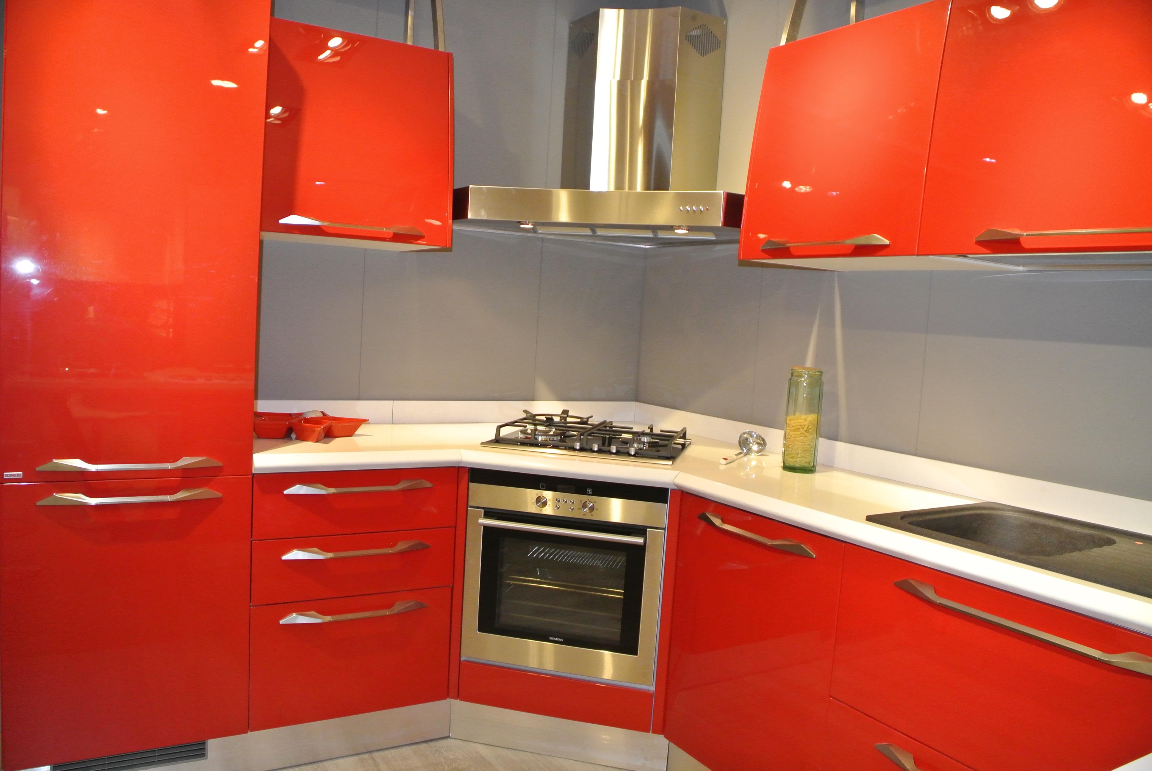 Cucina Rossa Laccata Lucida. Free Laccato Lucido Diretto Rosso Ral ...
