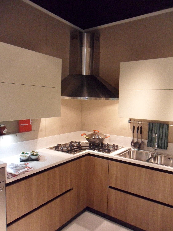 Cucina Scavolini Mod Scenery Vetro Designers King Miranda Una Cucina  #A84823 1125 1500 Rubinetto Classico Cucina