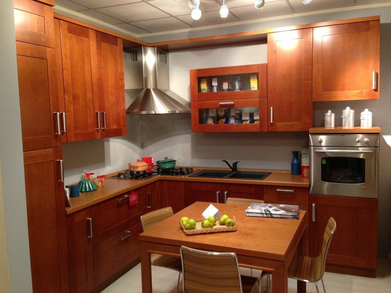 Cucina Scavolini In Ciliegio : Cucina margot in legno ciliegio outlet ufficiale scavolini