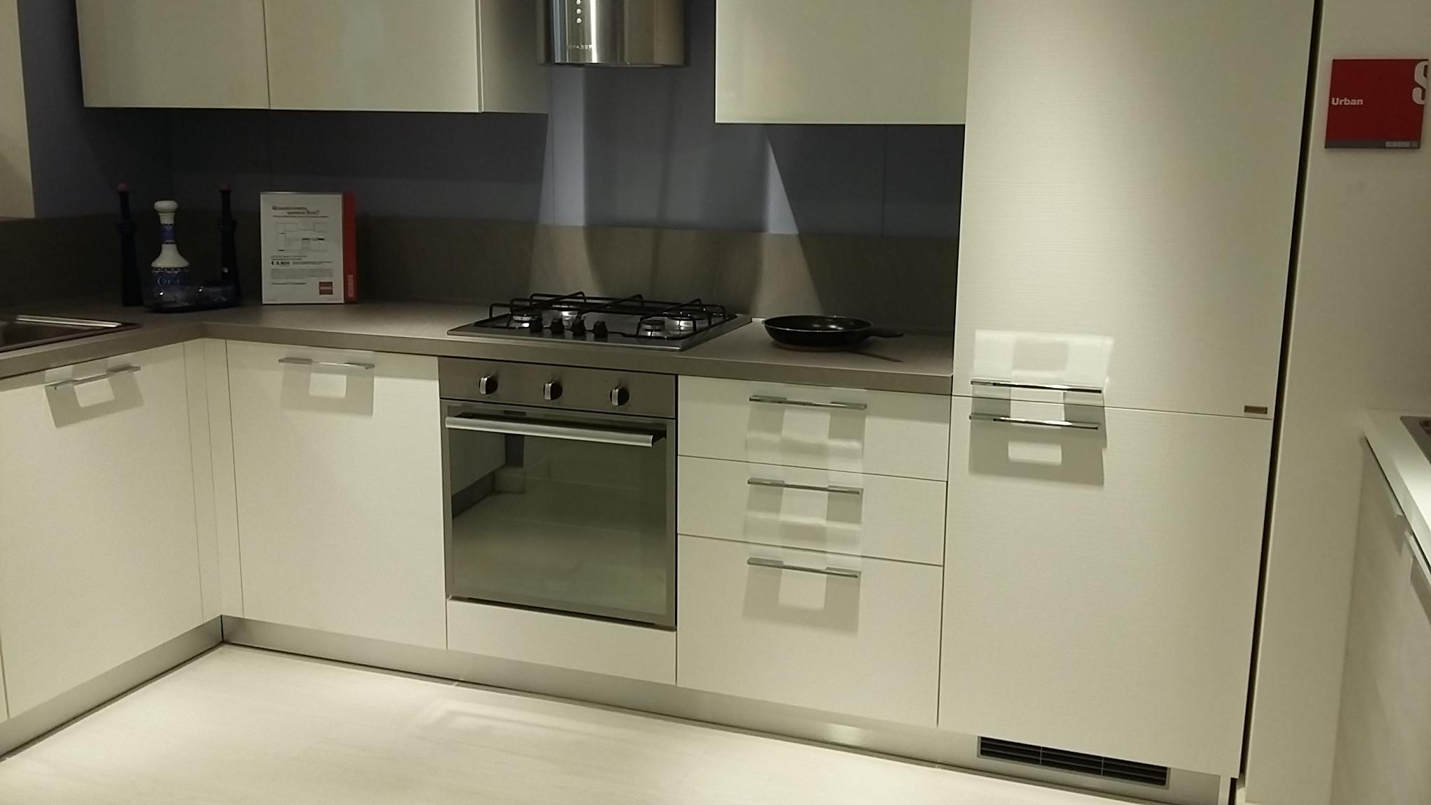 Cucina scavolini mod sax bianca cucine a prezzi scontati - Cucina scavolini sax ...