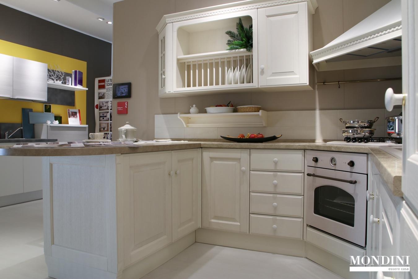 Cucina con penisola scavolini modello baltimora scontata - Cucine classiche con penisola ...