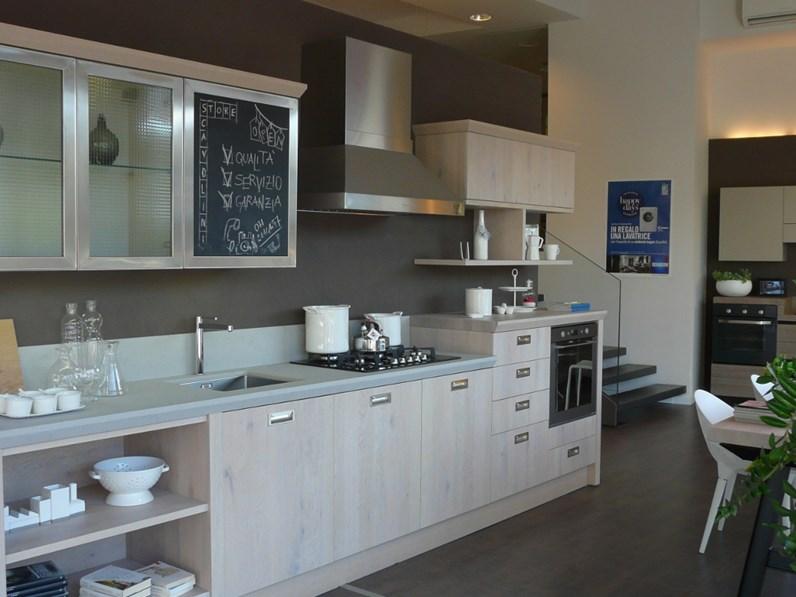 Cucina Scavolini modello Diesel Social Kitchen scontata del 50%
