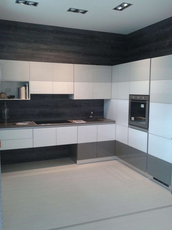 outlet cucine: offerte cucine online a prezzi scontati pagina ... - Cucine Bianche E Grigie Scavolini