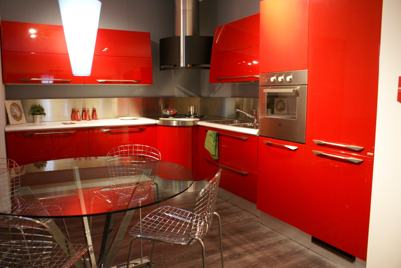Cucina Scavolini Flux Moderna Laccato Lucido rossa - Cucine a ...