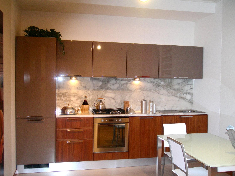 Cucina Scavolini Reflex Noce 4570 - Cucine a prezzi scontati
