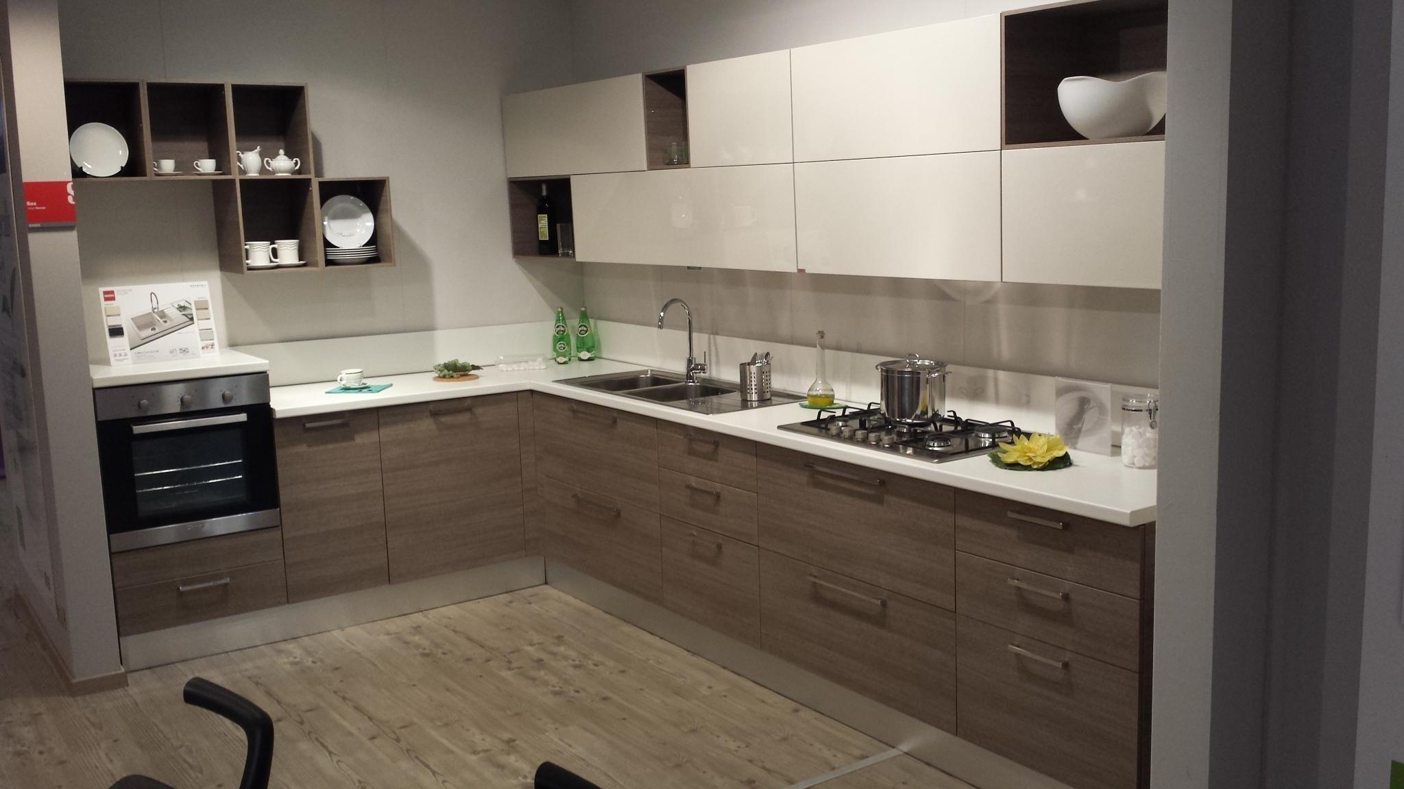 Cucina scavolini sax in offerta sottocosto cucine a for Cucine scavolini prezzi