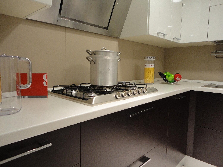 Scavolini cucina sax moderna laccato lucido rovere moro - Cucina componibile prezzi ...