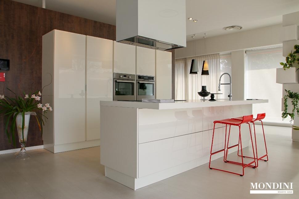 Cucine e prezzi piastrelle per cucine in muratura - Cucine a isola prezzi ...