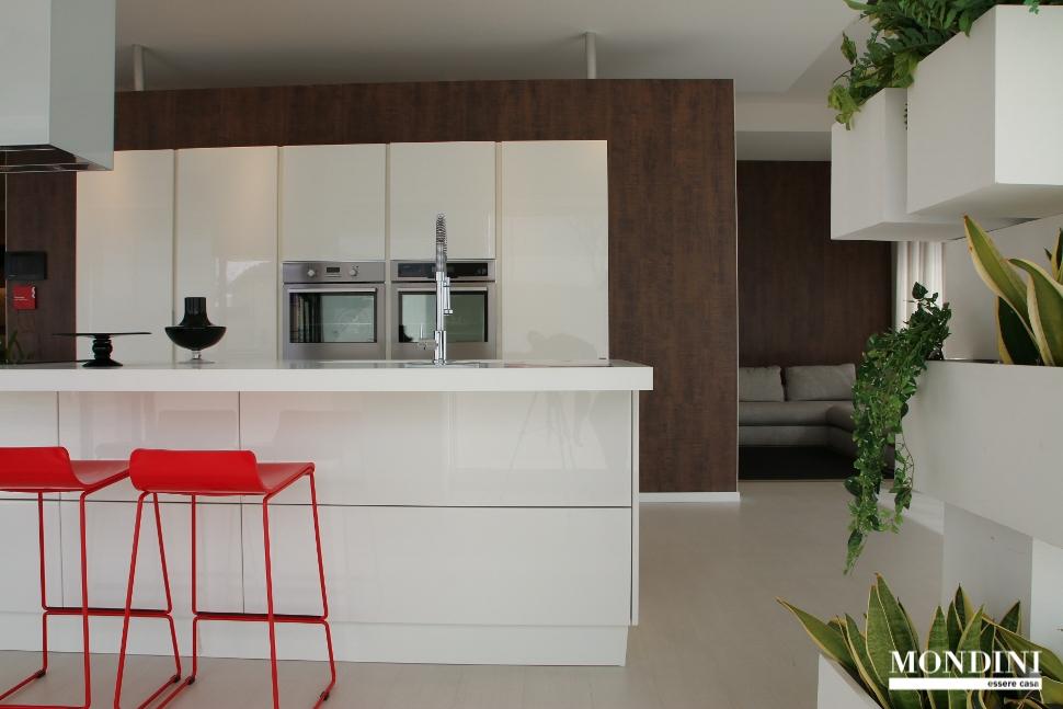 Beautiful cucine con isola scavolini prezzi gallery for Cucine con isola centrale prezzi