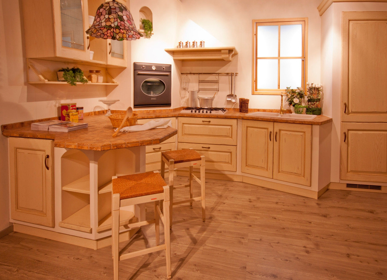 Cucina scavolini cucina belvedere legno scavolini cucine - Cucina color panna ...