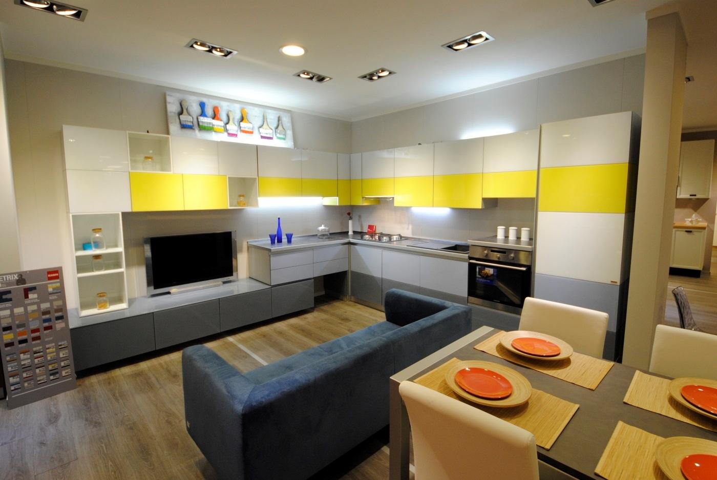 Cucina scavolini tetrix con living cucine a prezzi scontati for Cucine living prezzi