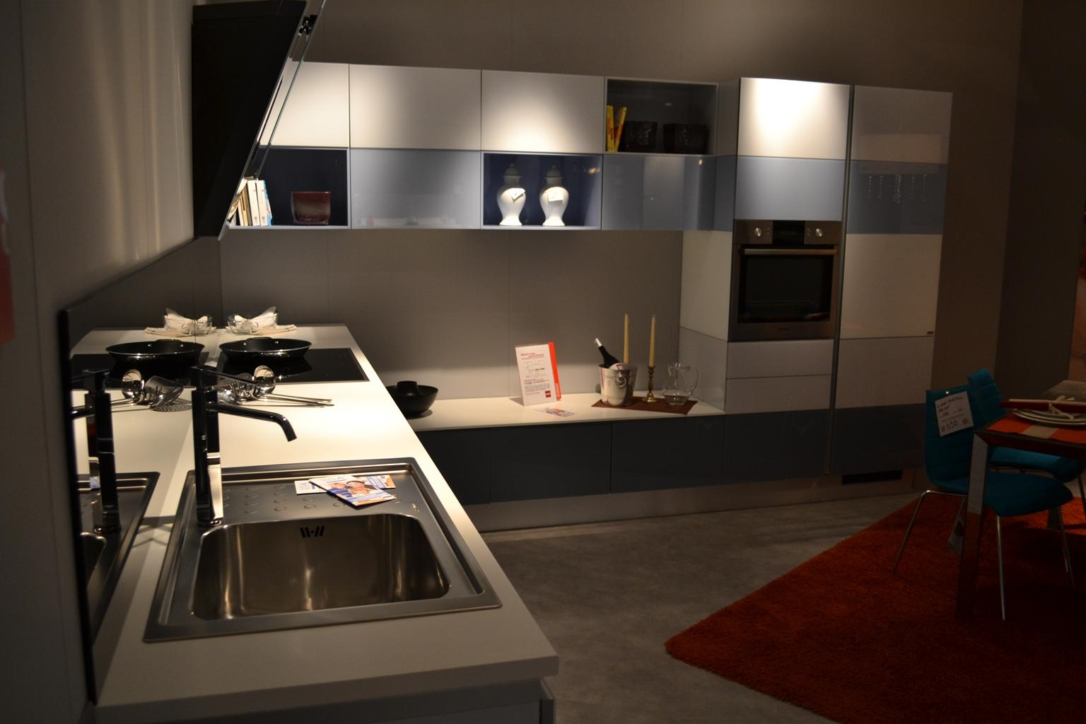 Cucina Scavolini Tetrix vetro multicolor lucida Design - Cucine a prezzi scon...