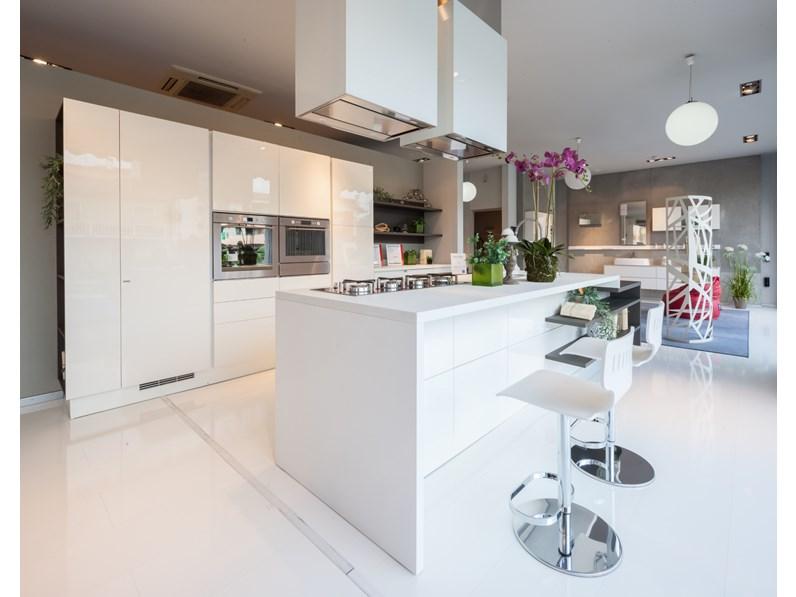 Cucina Scenery moderna bianca ad isola Scavolini