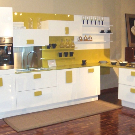 Scic cucina nonsolobianco moderno laccato lucido bianca cucine a prezzi scontati - Cucine scic classiche ...