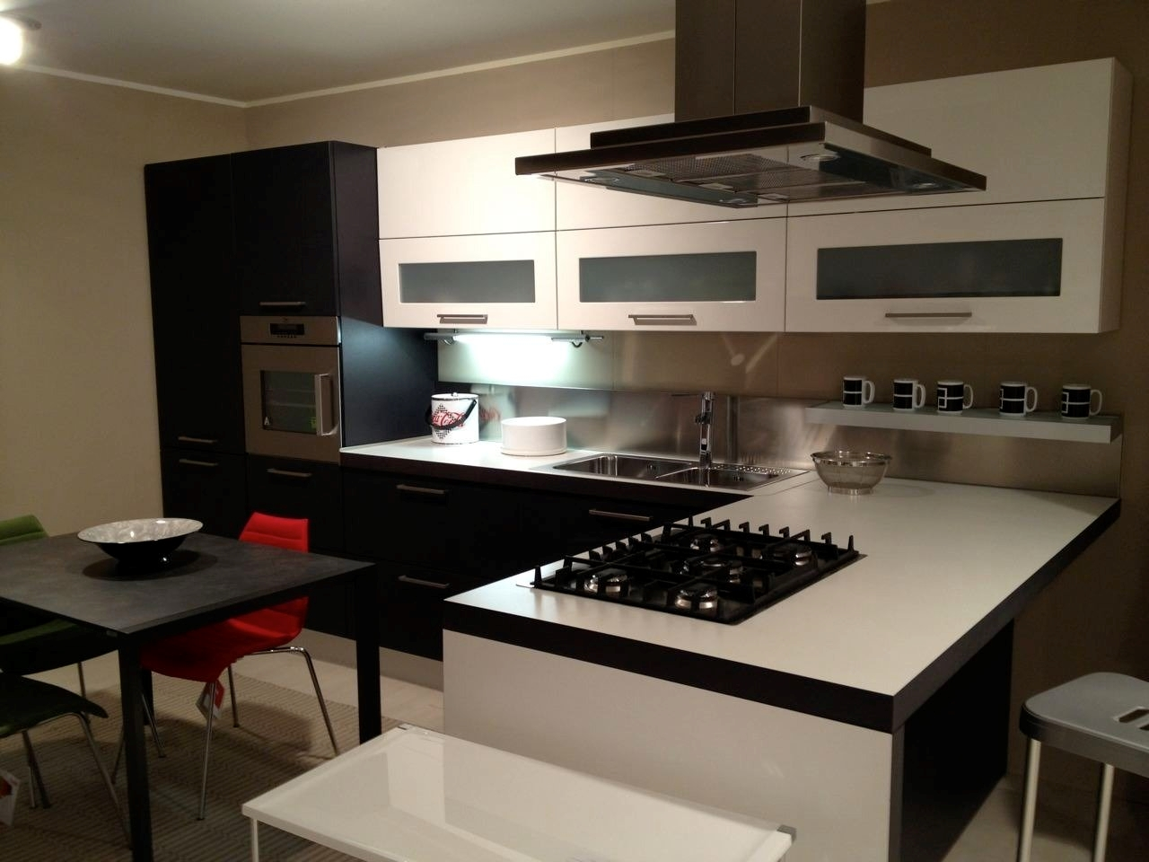 Cucina Con Elettrodomestici Bianchi : Cucina Seta di G&D - Cucine a ...